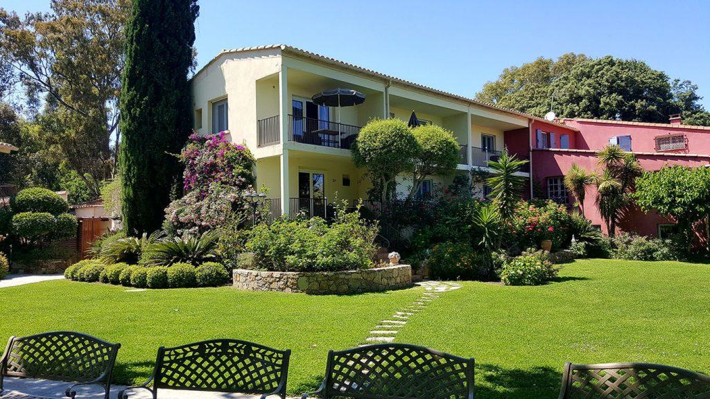 Location de vacances en Corse | Résidence Le Home locations de vacances à Calvi